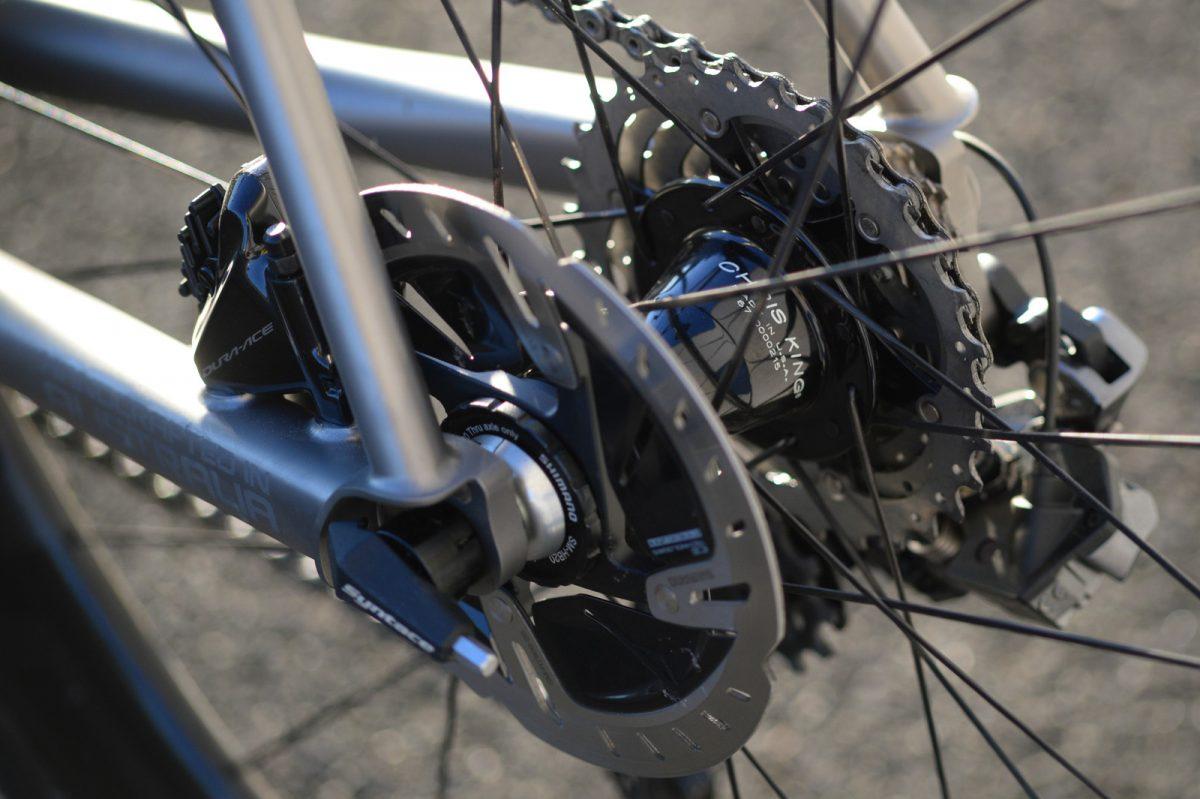 BAUM Orbis Titanium features some raw titanium